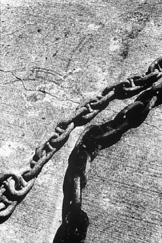 Daido Moriyama, Untitled (Big Chain)